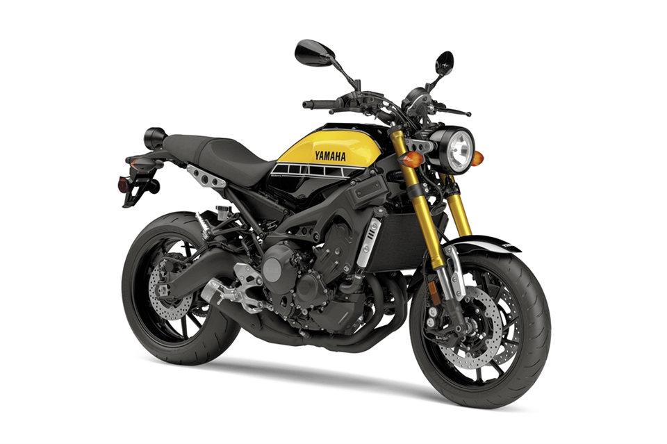 Yamaha XSR 900 Motorcycle and scooter rentals in Barcelona (Spain)