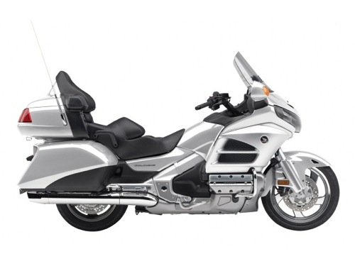 Honda Goldwing 1800 Motorcycle and scooter rentals in Madrid (Spain)