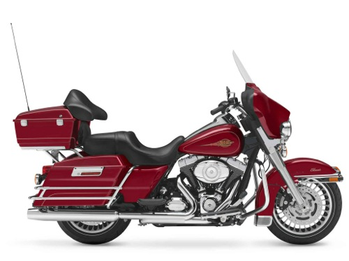 Harley-Davidson Electra Glide Classic Motorcycle and scooter rentals in Madrid (Spain)
