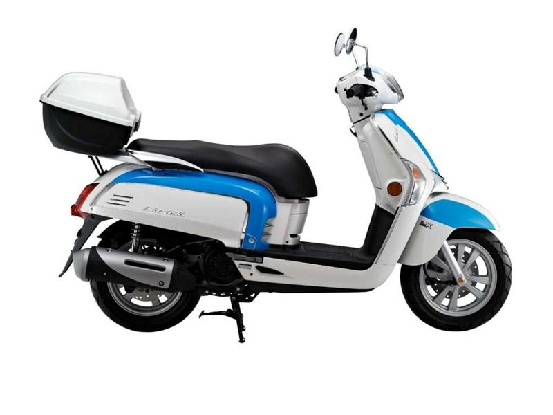 Kymco Like 125 Motorcycle and scooter rentals in Roma (Italy)