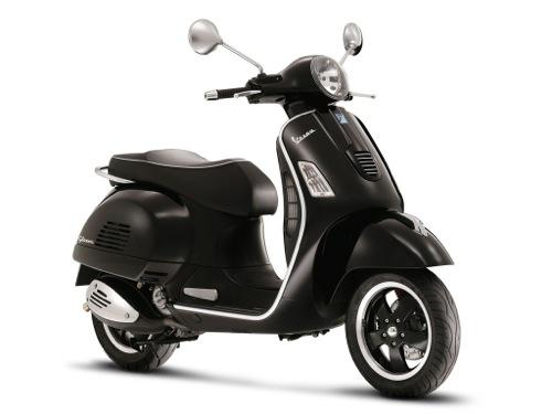 Vespa GTS 300 Motorcykel- och skoteruthyrning i Firenze (Italien)