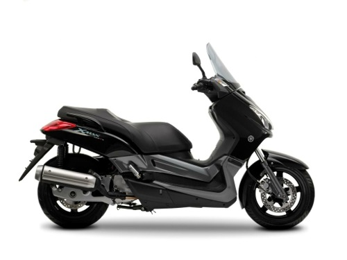 Yamaha X Max 125 Motorcycle and scooter rentals in Barcelona (Spain)