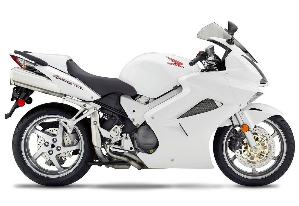 Honda VFR 800 Motorcycle and scooter rentals in Madrid (Spain)