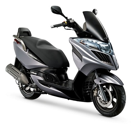 Kymco Yager GT Motorcycle and scooter rentals in Barcelona (Spain)