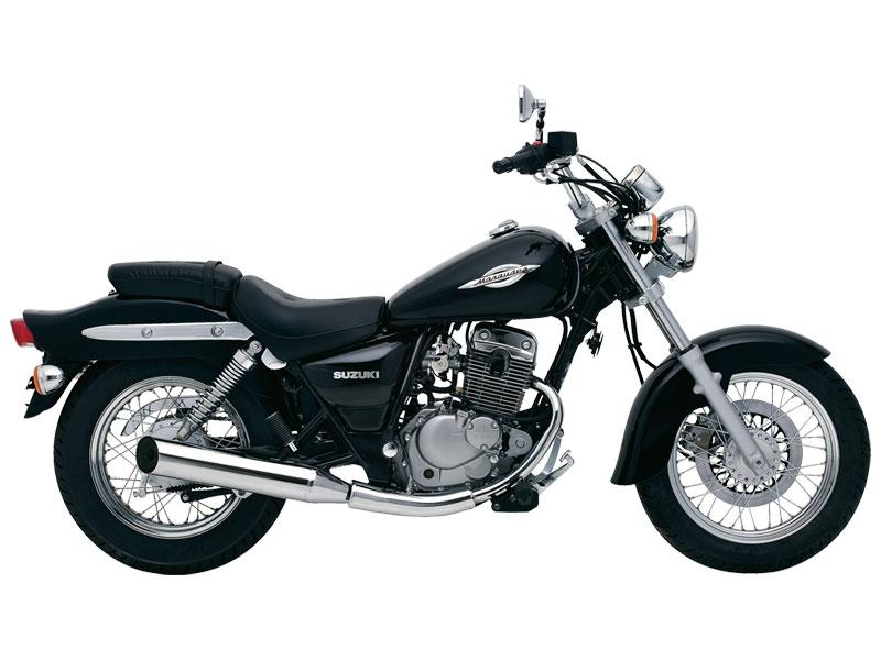 Suzuki Marauder 125 Alquiler de motos y scooters en Lanzarote (España - Canarias)