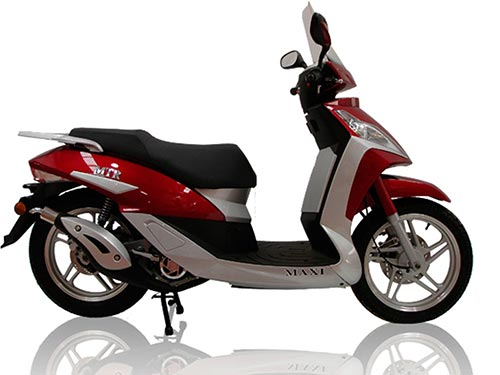 MTR Maxi 125 Motorcycle and scooter rentals in Barcelona (Spain)