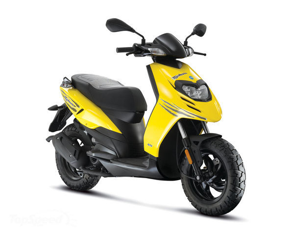Piaggio Typhoon 50cc Motorcycle and scooter rentals in Formentera (Spain - Balearic Islands)