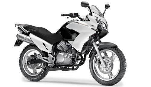 Honda XL Varadero 125 Alquiler de motos y scooters en Lanzarote (España - Canarias)