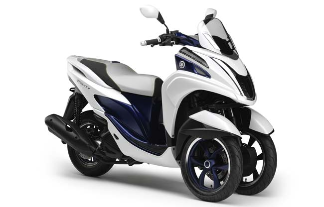 Yamaha Tricity 125cc Motorcycle and scooter rentals in Barcelona (Spain)