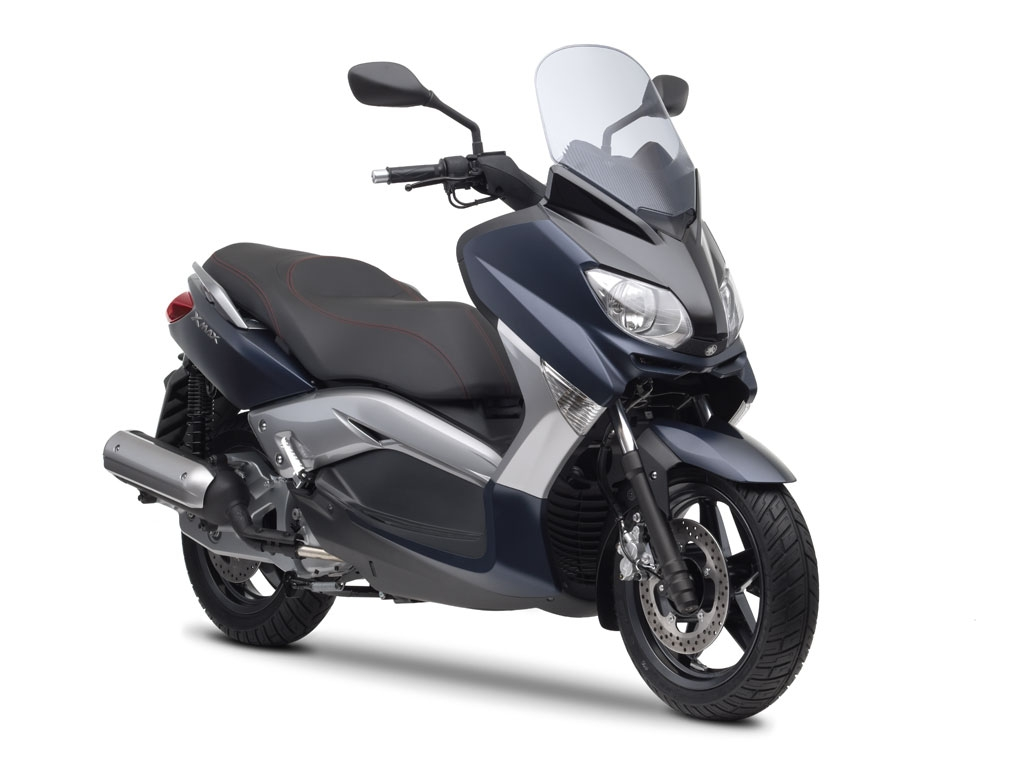 Yamaha XMax 250cc Motorcycle and scooter rentals in Málaga (Spain)