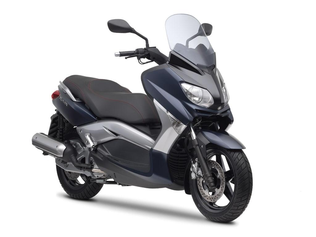 Yamaha XMax 250cc Motorcycle and scooter rentals in Málaga (Spain)